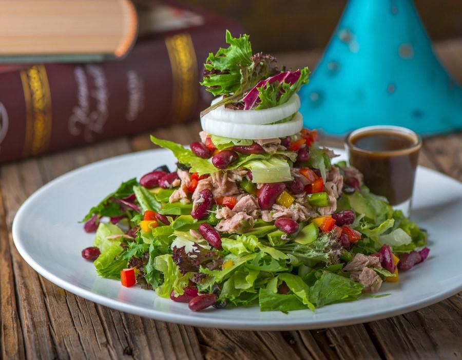 Tuna Avocado Beans Salad